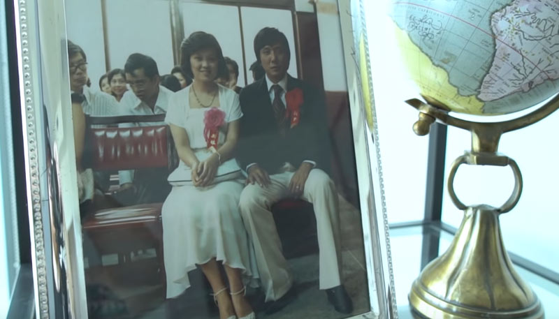 Dan Lok's parents - Photo of his mother and father